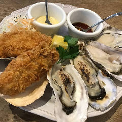Are Man Store oysters cafe+bar