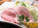 オリーブ豚のステーキ