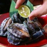 蝦夷アワビ踊り食い(刺身/焼)