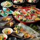 コース料理は銘々に個別盛りでご用意します。大皿でご提供の場合は取皿や菜箸をご用意いたします。