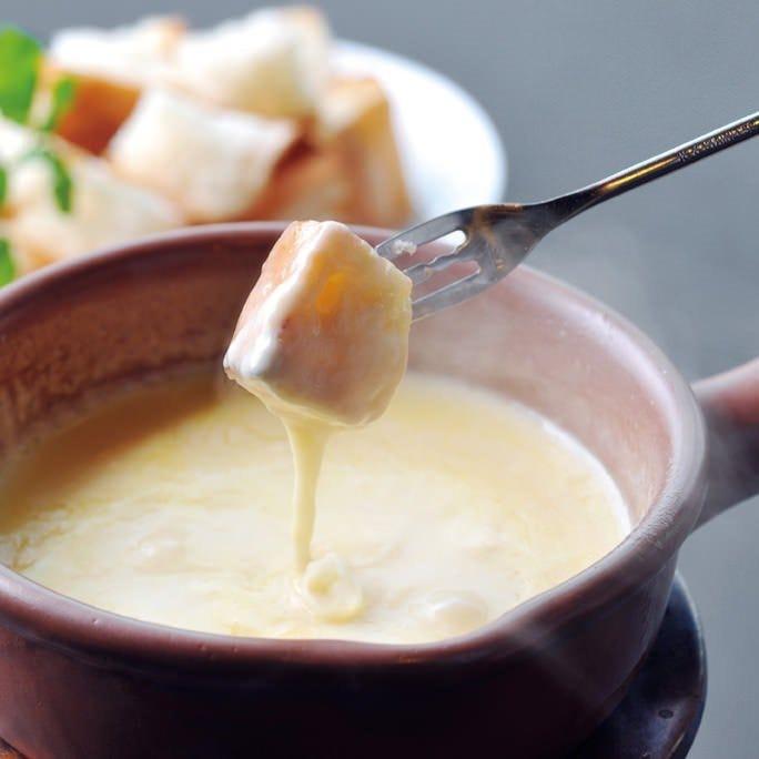 人気No.1の特製チーズフォンデュ