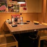 1階 4名様用テーブル席【3~4名様】ご家族やグループの普段使いにぴったり