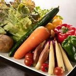 当店で使用する野菜は全て国産!その日仕入れたシャキシャキで瑞々しい野菜をご堪能ください