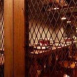 【14名様】入口横の大人数向けテーブル席