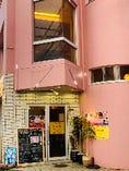富士駅から徒歩3分!富士市交流プラザ駐車場の出口の真ん前に位置!ビル全体が AKARIYA kirameki の料理を楽しめるようになりました!手巻き焼肉・韓国料理 アカリヤと極上しゃぶしゃぶ キラメキが合併して!1つの場所でチーズ焼肉・極上しゃぶしゃぶ・韓国料理を一緒にお楽しみできます!