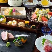 京鴨、鮮魚を使った料理と地酒を堪能