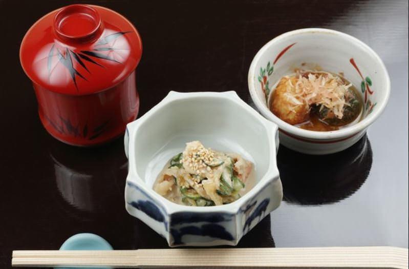歴史と伝統あふれる老舗京料理店