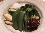 じゅうね(エゴマ)味噌と季節の野菜