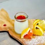 ミルキーブラン・マンジェと季節のフルーツ