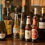 インドビールやワインなど、香辛料たっぷりの料理に欠かせない飲み物をお楽しみください!
