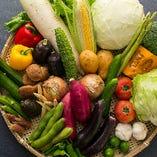 毎日市場で直接買い付ける、新鮮な食材を多数ご用意!