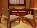 ご接待・会食には落ち着いた個室で!全席高座椅子です。