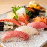 とれたての旬鮮魚を贅沢に使った、絶品の『特撰おまかせにぎり』
