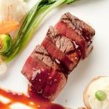 お肉【季節ごとに食材の仕入れ先は異なります。】