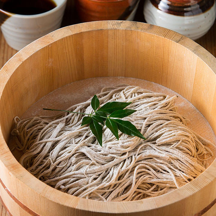 厳選素材の逸品と本格手打ち日本蕎麦