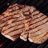 ジューシーなお肉の旨味が溢れだす