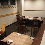 テーブル席(最大14名様)