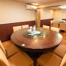 こだわりの個室と最大160名宴会加納