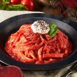 【期間限定】マスカルポーネと真っ赤なビーツのトマトクリーム【生パスタ】