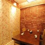 洋風個室はお履物そのままご案内可能です。