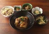 牛肉豆腐定食