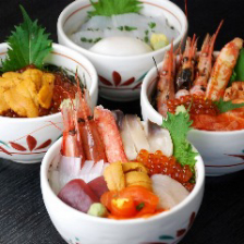 種類豊富な極上海鮮丼!