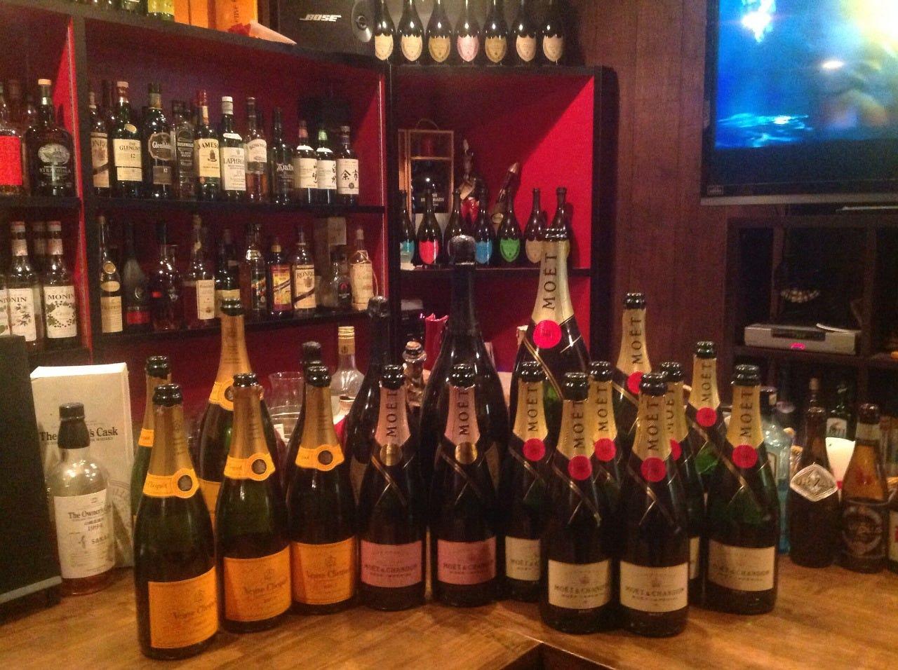 シャンパン 種類豊富です