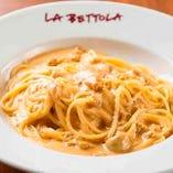 【人気のパスタ】 長く愛され続ける「新鮮なうにのスパゲティ」
