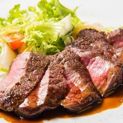 黒毛和牛のステーキ(各種)