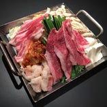 自慢の韓国式鍋料理♪単品でもコースでも◎