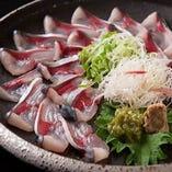 五島鯖の鉄引きを始め鯖をメインとした料理をご提供致します。