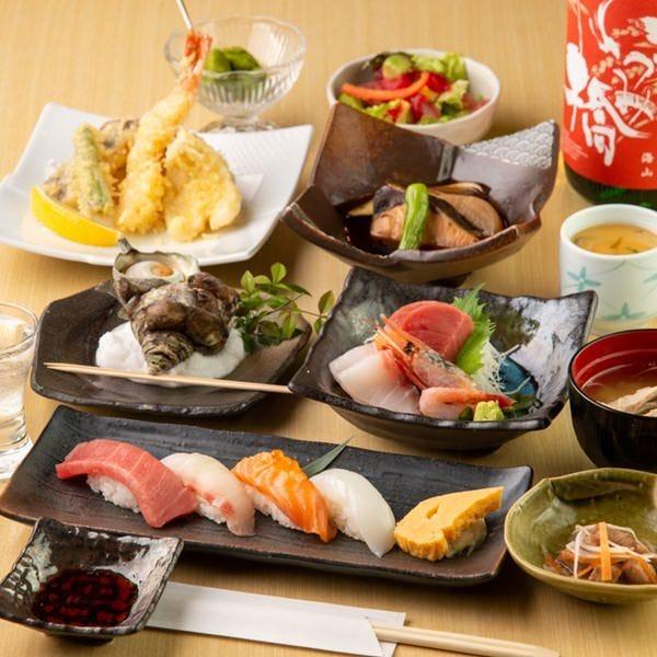 刺身も寿司も楽しめる豪華な女子会