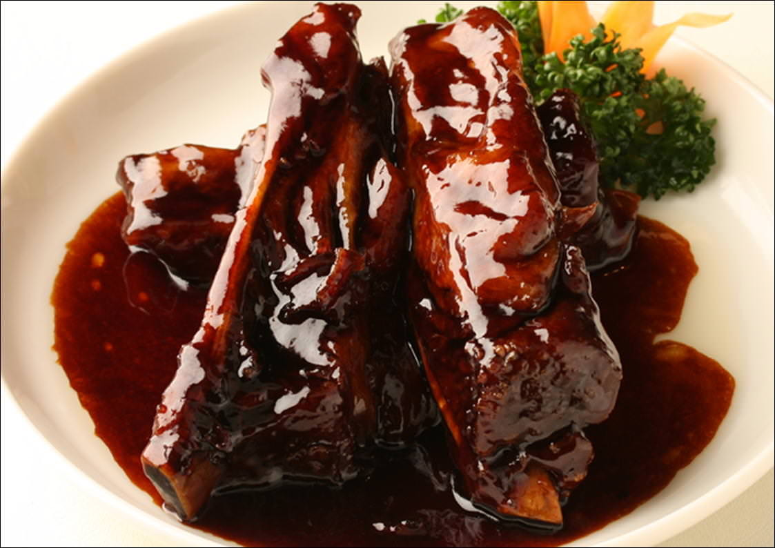 黒酢の豚スペアリブ