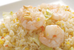 【おすすめ】ぷりぷり海老の葱塩バター炒飯
