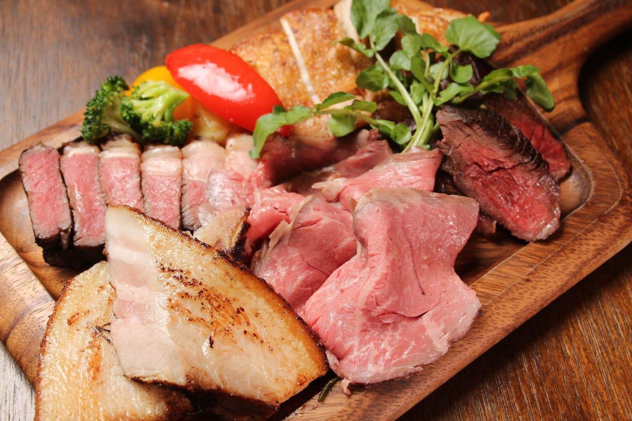肉×ワインビュッフェ ビストロサンクシー
