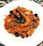 ディナーメニューに12種類のパスタ料理が新登場です。
