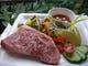 トロける美味しさ、つしま亭人気の国産黒毛和牛ステーキに大満足