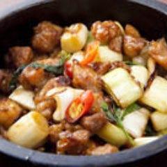 鶏肉とバジル石鍋焼