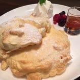 天使のチーズスフレパンケーキ ドリンクセット