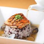 旬魚と雑穀米のリゾット [別添え]であさりのブロードつき