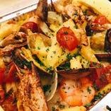魚介の焼きリゾット サフラン風味