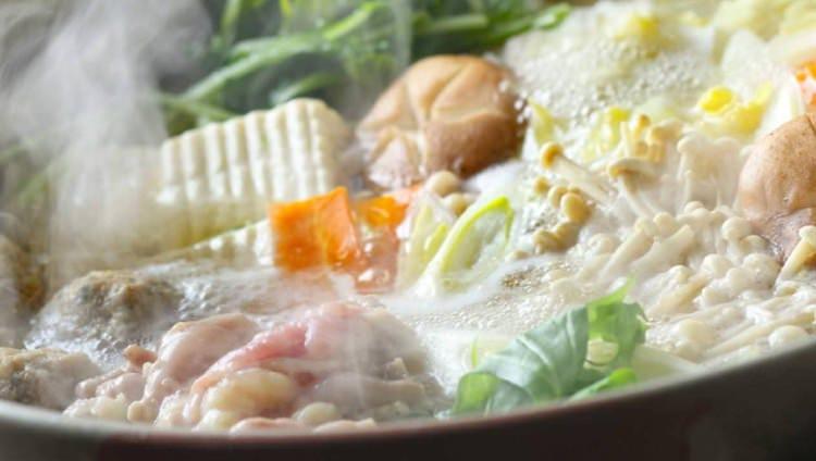 「喰う道の鍋コース」は鶏鍋と、ちりとり鍋から選択可能です