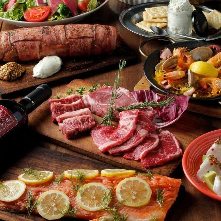 メインのお肉料理は大満足のボリュームでご提供!