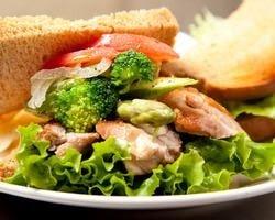 チキン&野菜5種サンド!!