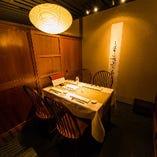 落ち着いた雰囲気の贅沢空間『RYO universal』は接待や会食に