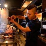 食材の持つ食感や旨味を引き出す様に絶妙な焼き加減で仕上げます