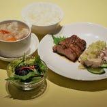 週替りランチ(ご飯又はお粥・スープ・サラダ付)