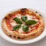 ピッツァ マルゲリータ&お好きなピッツァ1枚とオードブル(中) Cコース
