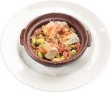 桜海老と空豆・カマンベールチーズのアヒージョ