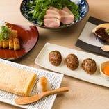【多彩なメニュー】蕎麦前、石臼挽き二八蕎麦他豊富なメニュー